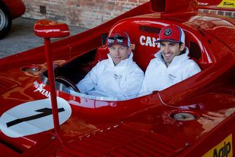 Kimi Raikkonen, Alfa Romeo Racing e Antonio Giovinazzi, Alfa Romeo Racing, a bordo di una Alfa Romeo Tipo 33 TT12