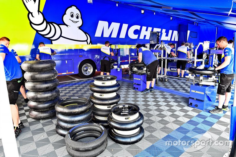 Equipo técnico de Michelin Technical