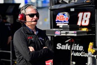 Harrison Burton, Kyle Busch Motorsports, Toyota Tundra Safelite AutoGlass, Jeff Burton