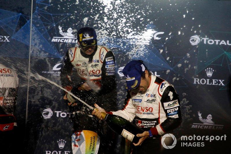 Y así fue: Alonso, Buemi y Nakajima volvían a lo más alto del podio con la victoria en Sebring