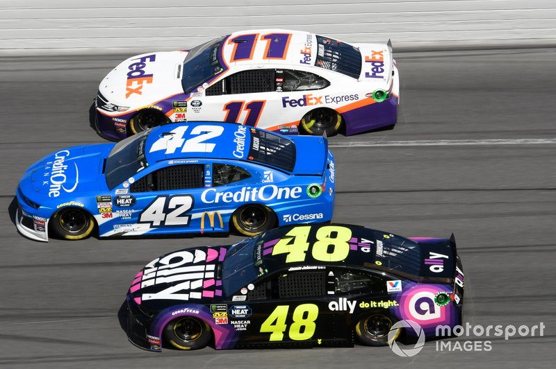 Kyle Larson, Chip Ganassi Racing, Chevrolet Camaro Credit One Bank, Denny Hamlin, Joe Gibbs Racing, Toyota Camry FedEx Express, Jimmie Johnson, Hendrick Motorsports, Chevrolet Camaro Ally