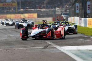 Pascal Wehrlein, Mahindra Racing, M5 Electro Oliver Rowland, Nissan e.Dams, Nissan IMO1, Lucas Di Grassi, Audi Sport ABT Schaeffler, Audi e-tron FE05, allen in attack mode