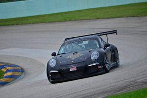 #18 MP1B Porsche 991 driven by Juan Fayen & Anselmo Gonzalez of Formula Motorsport