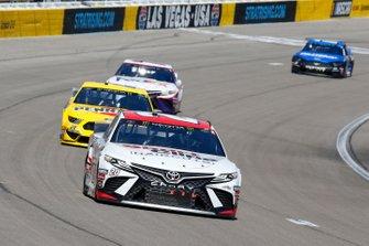Erik Jones, Joe Gibbs Racing, Toyota Camry SportClip, Joey Logano, Team Penske, Ford Mustang Pennzoil