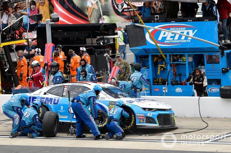 Darrell Wallace Jr., Richard Petty Motorsports, Chevrolet Camaro Blue-Emu, makes a pit stop