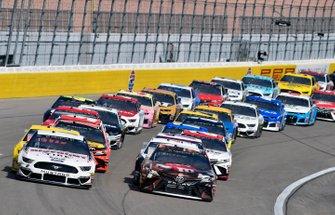 Brad Keselowski, Team Penske, Ford Mustang Discount Tire and Kyle Busch, Joe Gibbs Racing, Toyota Camry M&M's Chocolate Bar
