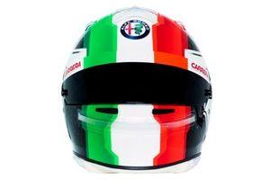 Шлем гонщика Alfa Romeo Racing Антонио Джовинацци