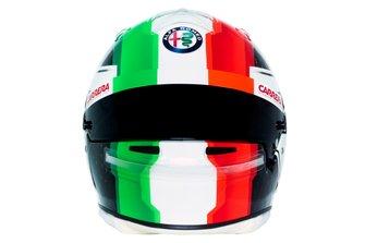2019 helmet of Antonio Giovinazzi