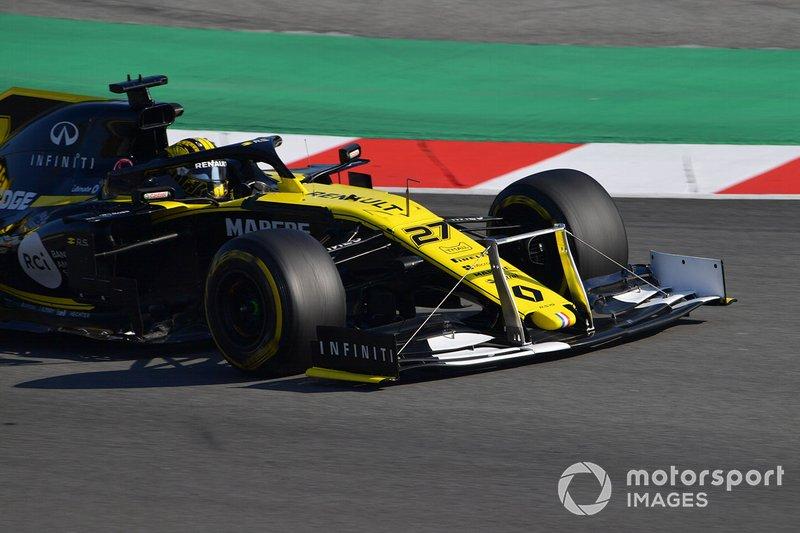Nico Hulkenberg, Renault F1 Team R.S. 19, con dei tiranti sull'ala anteriore