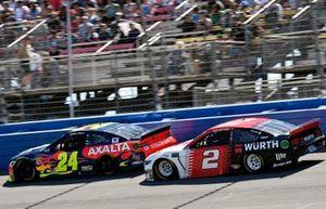 William Byron, Hendrick Motorsports, Chevrolet Camaro Axalta and Brad Keselowski, Team Penske, Ford Mustang Wurth