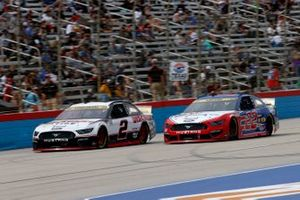 Brad Keselowski, Team Penske, Ford Mustang Discount Tire, Joey Logano, Team Penske, Ford Mustang AAA Insurance