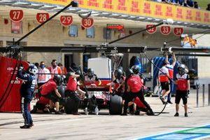 Kimi Raikkonen, Alfa Romeo Racing C41, in the pits during practice
