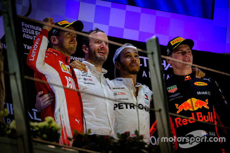 Sebastian Vettel, Ferrari, Bradley Lord, Mercedes, Lewis Hamilton, Mercedes-AMG F1 W09, Max Verstappen, Red Bull Racing