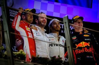 Sebastian Vettel, Ferrari, Bradley Lord, Communications Director, Mercedes, Lewis Hamilton, Mercedes-AMG F1 W09, Max Verstappen, Red Bull Racing