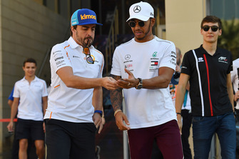 Fernando Alonso, McLaren, Lewis Hamilton, Mercedes AMG F1 and George Russell, Williams Racing