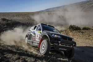 #318 MSK Rally Team BMW X3: Denis Krotov, Dmytro Tsyro