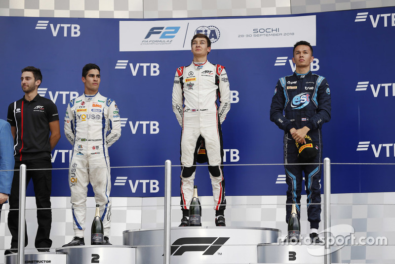Podium: race winner George Russell, ART Grand Prix, second place Sergio Sette Camara, Carlin, third place Alexander Albon, DAMS