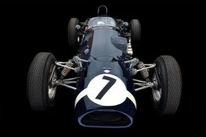 Автомобиль Ferguson P99 Climax команды RRC Walker Racing Team