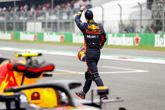 Polesitter Daniel Ricciardo, Red Bull Racing viert op de grid