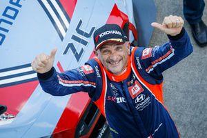 Yarış galibi Gabriele Tarquini, BRC Racing Team Hyundai i30 N TCR