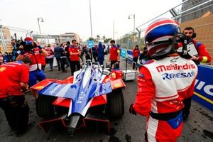 Jérôme d'Ambrosio, Mahindra Racing stands behind his M5 Electro on the grid