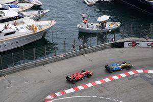 Fernando Alonso, Renault R26, Michael Schumacher, Ferrari 248F1