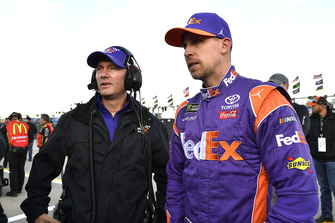 Denny Hamlin, Joe Gibbs Racing, Toyota Camry FedEx Office and Mike Wheeler