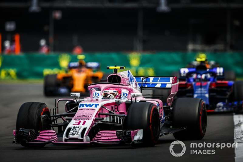 Esteban Ocon, Racing Point Force India VJM11, Pierre Gasly, Scuderia Toro Rosso STR13