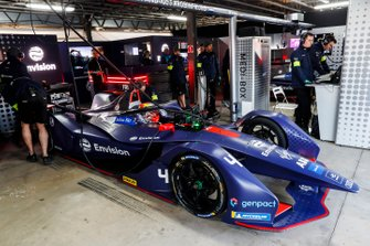 Robin Frijns, Envision Virgin Racing, Audi e-tron FE05, in the garage