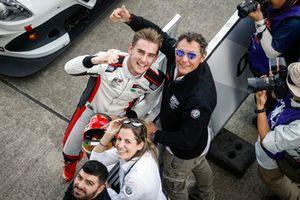 Yarış galibi Kevin Ceccon, Team Mulsanne Alfa Romeo Giulietta TCR