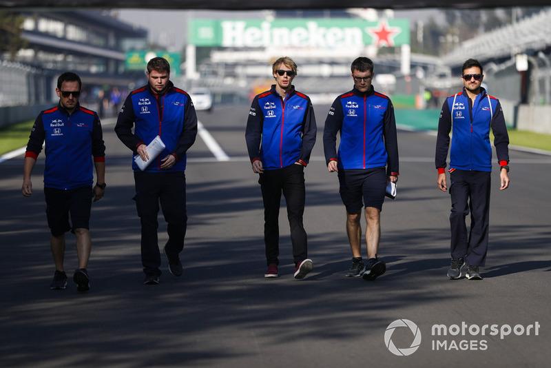 Brendon Hartley, Toro Rosso, fait une reconnaissance du circuit