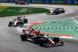 Alex Albon, Red Bull Racing RB16, Antonio Giovinazzi, Alfa Romeo Racing C39, and Romain Grosjean, Haas VF-20