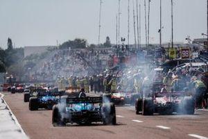 Felix Rosenqvist, Chip Ganassi Racing Honda, Scott McLaughlin, Team Penske Chevrolet, Max Chilton, Carlin Chevrolet, Marco Andretti, Andretti Herta with Marco & Curb-Agajanian Honda, grid