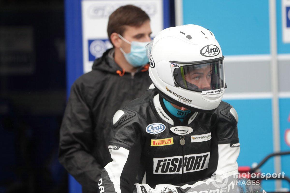 Sharni Pinfold, Smrz Racing by Blue Garage
