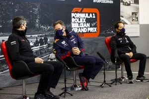 Guenther Steiner, Team Principal, Haas F1, Christian Horner, Team Principal, Red Bull Racing and Toyoharu Tanabe, F1 Technical Director, Honda in the press conference