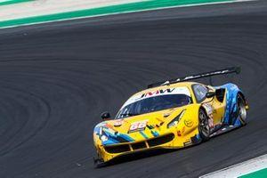 #66 JMW Motorsport Ferrari F488 GTE EVO: Gunnar Jeannette, Rodrigo Sales, Finlay Hutchison