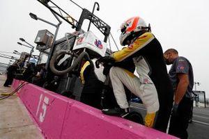 #3 Corvette Racing Corvette C8.R, GTLM: Jordan Taylor