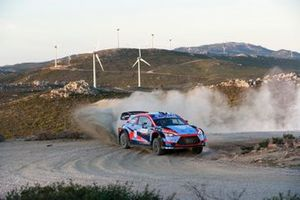 Pierre-Louis Loubet, Vincent Landais, Hyundai 2c Competition Hyundai i20 Coupe WRC