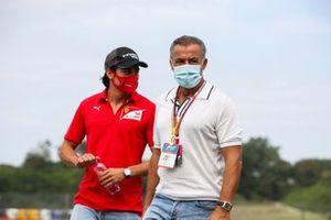 Giuliano Alesi, BWT HWA Racelab and Jean Alesi walks the track