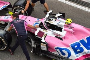 Racing point mechanics push Lance Stroll's Racing Point RP20