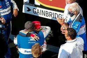 Takuma Sato, Rahal Letterman Lanigan Racing Honda celebrates winning the Indianapolis 500