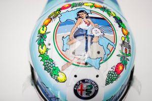 Helmet of Antonio Giovinazzi, Alfa Romeo