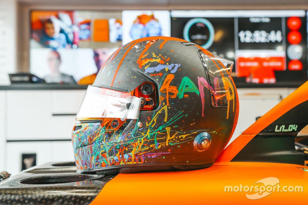 El casco especial de Lando Norris, McLaren en Nürburgring