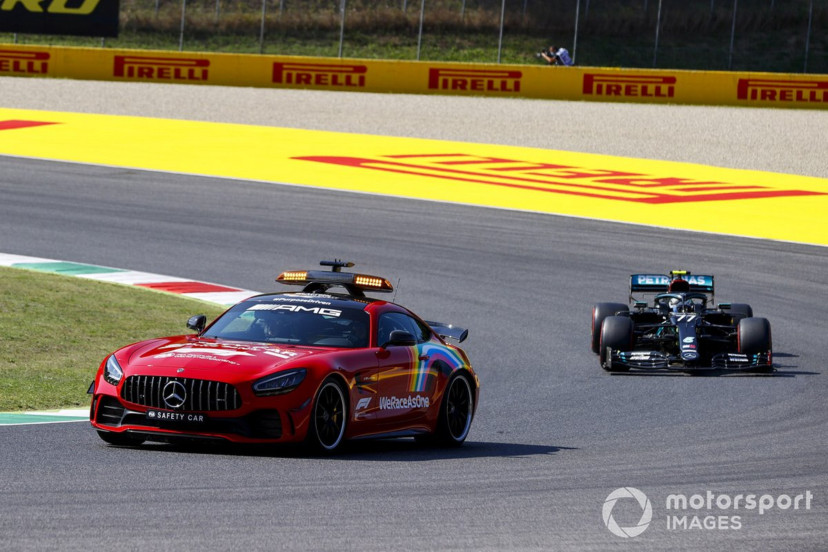 El Safety Car y Valtteri Bottas, Mercedes F1 W11