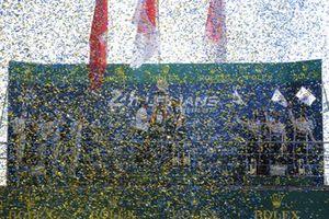 LMP1 Podium #1 Rebellion Racing Rebellion R-13 - Gibson: Bruno Senna, Gustavo Menezes, Norman Nato, #8 Toyota Gazoo Racing Toyota TS050: Sébastien Buemi, Kazuki Nakajima, Brendon Hartley, #7 Toyota Gazoo Racing Toyota TS050: Mike Conway, Jose Maria Lopez, Kamui Kobayashi