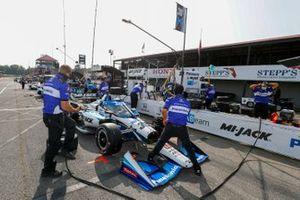 Takuma Sato, Rahal Letterman Lanigan Racing Honda, crew
