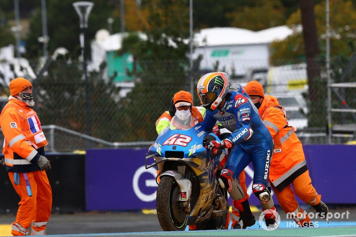 Alex Rins, Team Suzuki MotoGP después de la caída