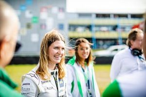 Esmee Hawkey, T3-Motorsport
