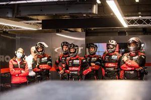 #41 Team Wrt Oreca 07 - Gibson LMP2 crew