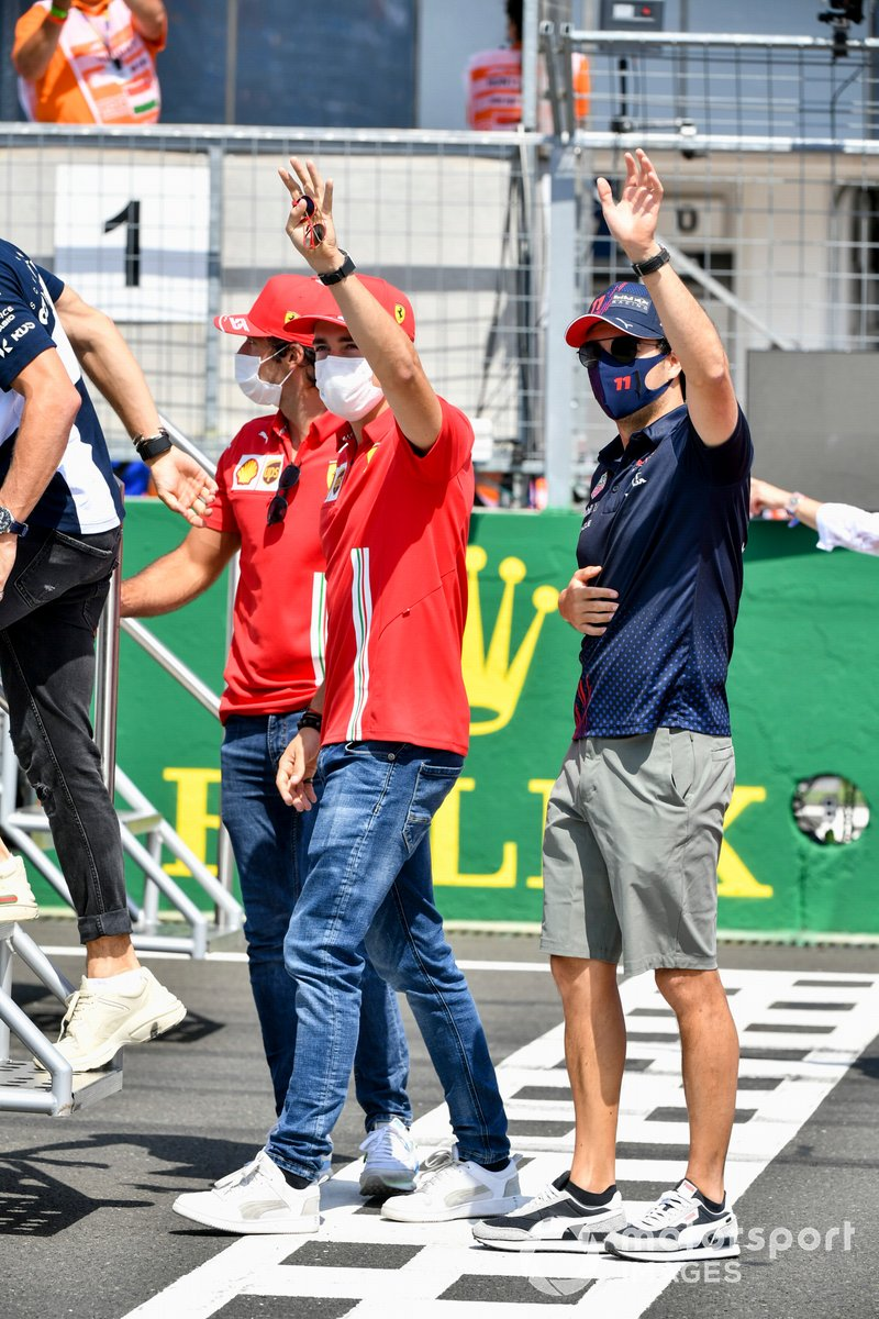 Charles Leclerc, Ferrari, Sergio Pérez, Red Bull Racing in the drivers' parade
